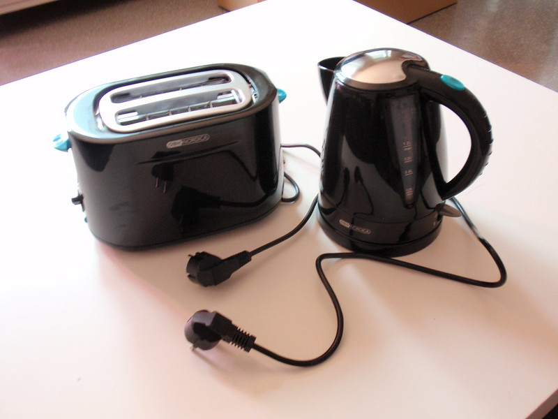 How Much Electricity Does A kettle Use For Boiling And Tea,Coffe Making?