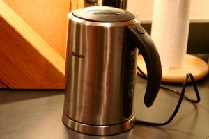 How much Electricity Does a Electric kettle use